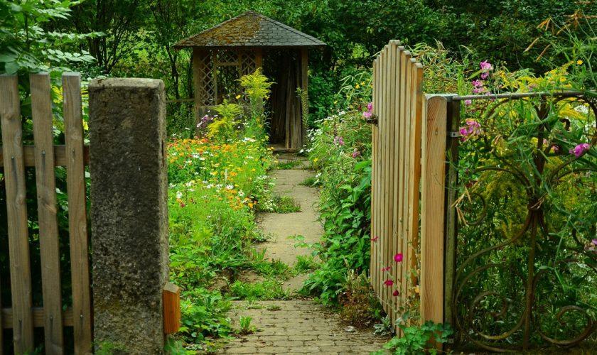 Comment bien choisir votre abri de jardin ?