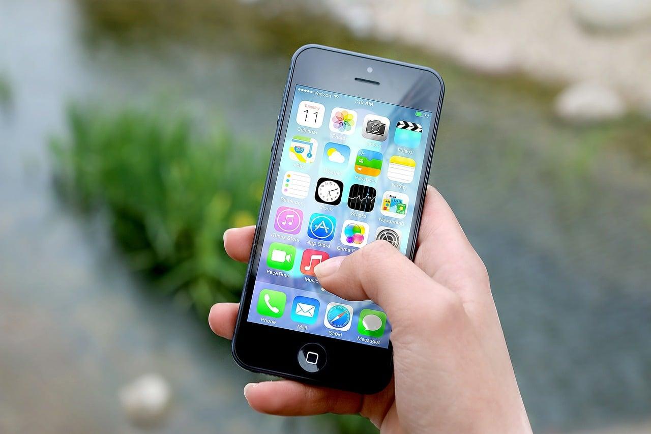 smartphone+femmes
