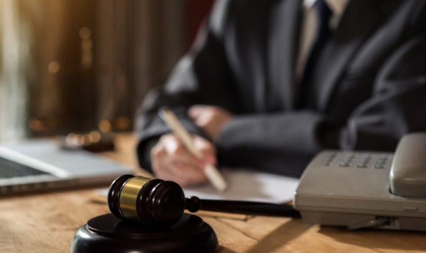 avocat en droit